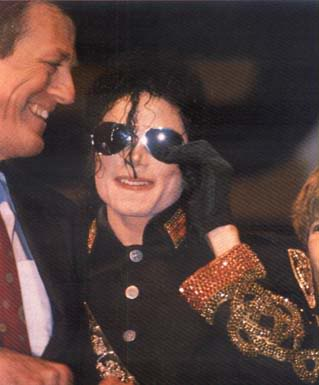 1992- Heal The World Foundation Press Conference 050-4
