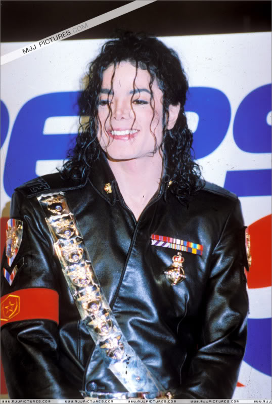 1992- Pepsi & Heal The World Foundation Press Conference 052-5