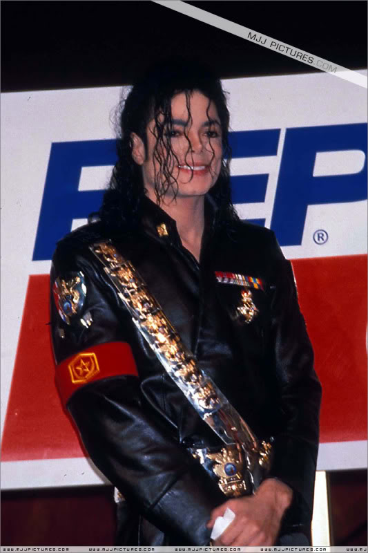 1992- Pepsi & Heal The World Foundation Press Conference 053-5