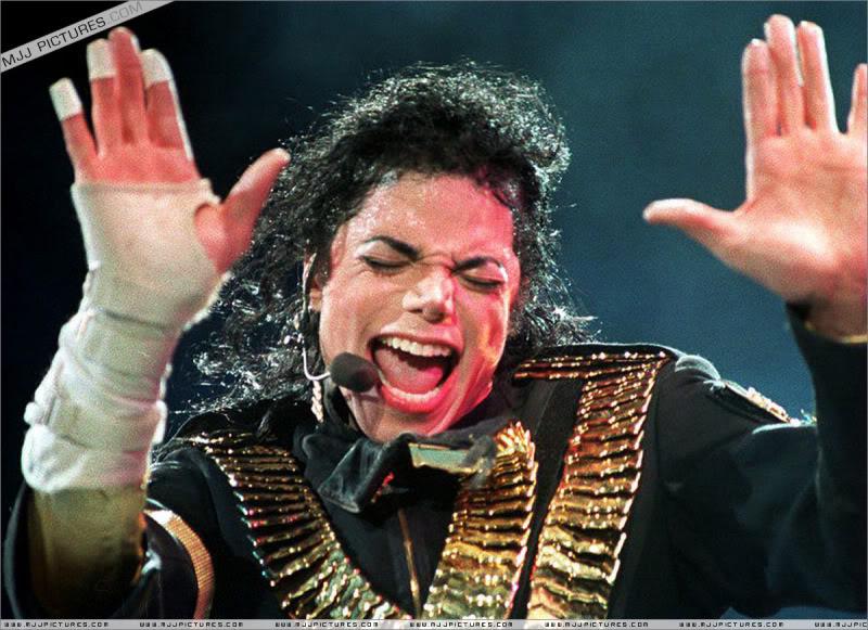 Dangerous World Tour Onstage- Jam 058-1