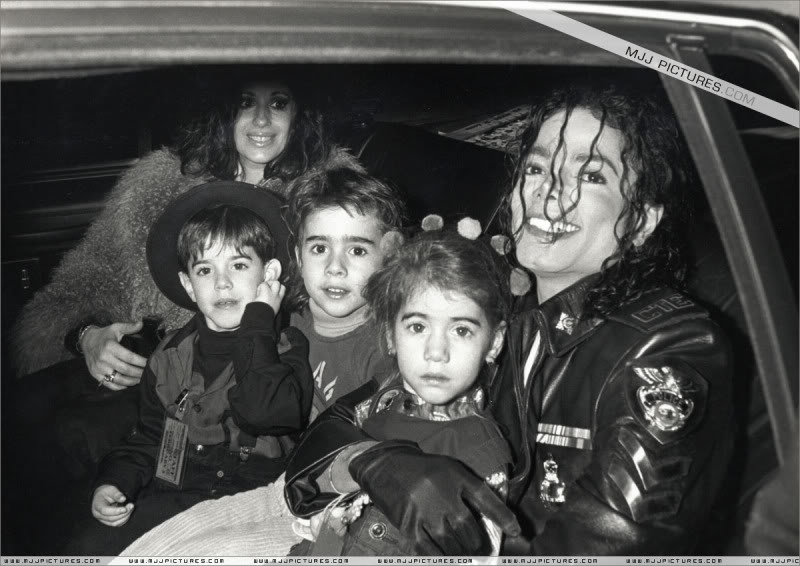 1992- Pepsi & Heal The World Foundation Press Conference 061-4