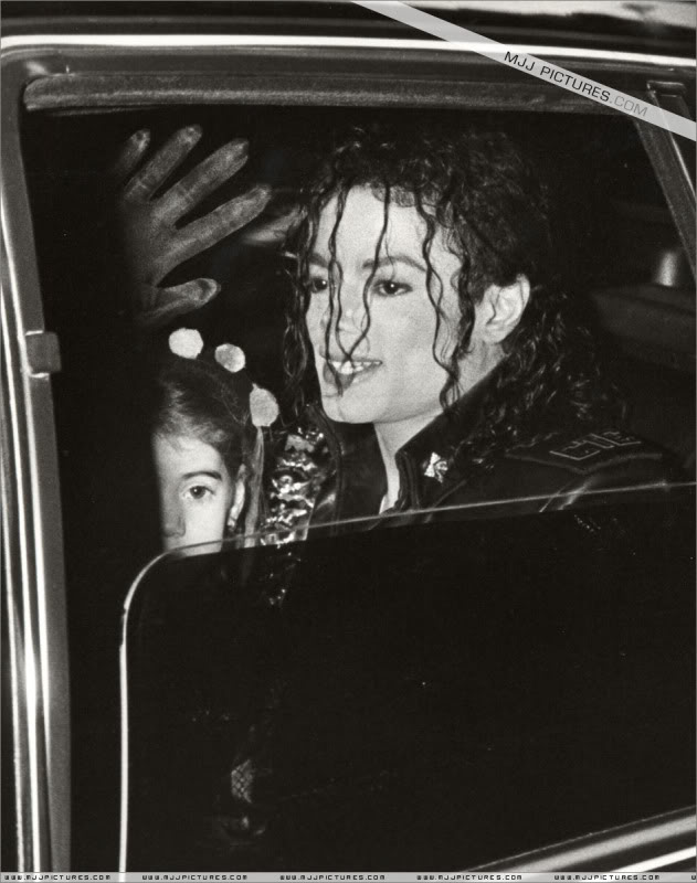 1992- Pepsi & Heal The World Foundation Press Conference 063-9