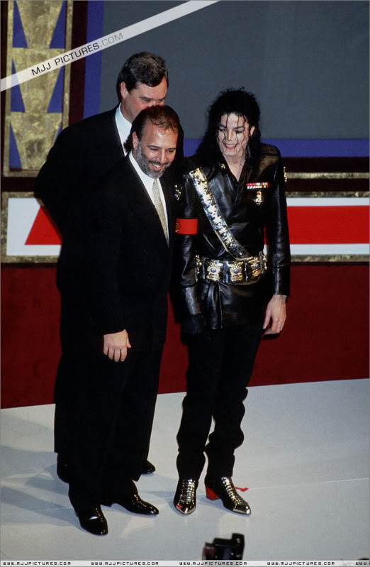 1992- Pepsi & Heal The World Foundation Press Conference 065-9