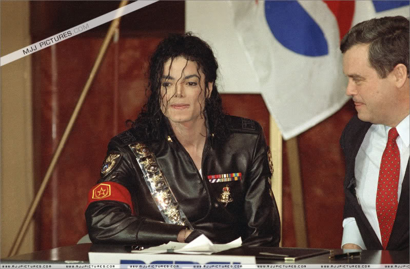 1992- Pepsi & Heal The World Foundation Press Conference 088-2