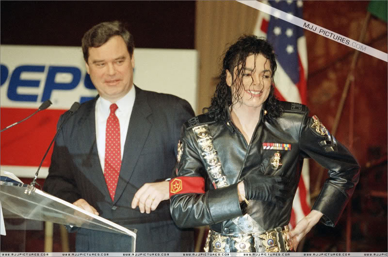 1992- Pepsi & Heal The World Foundation Press Conference 089-2-1