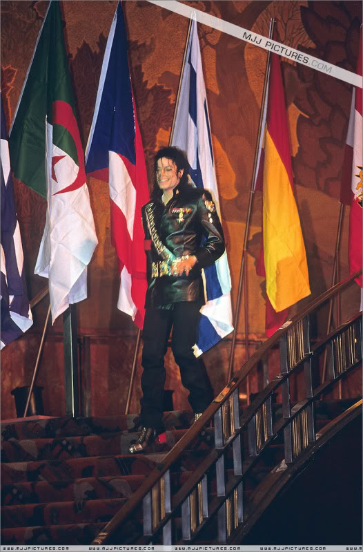 1992- Pepsi & Heal The World Foundation Press Conference 096-2-1