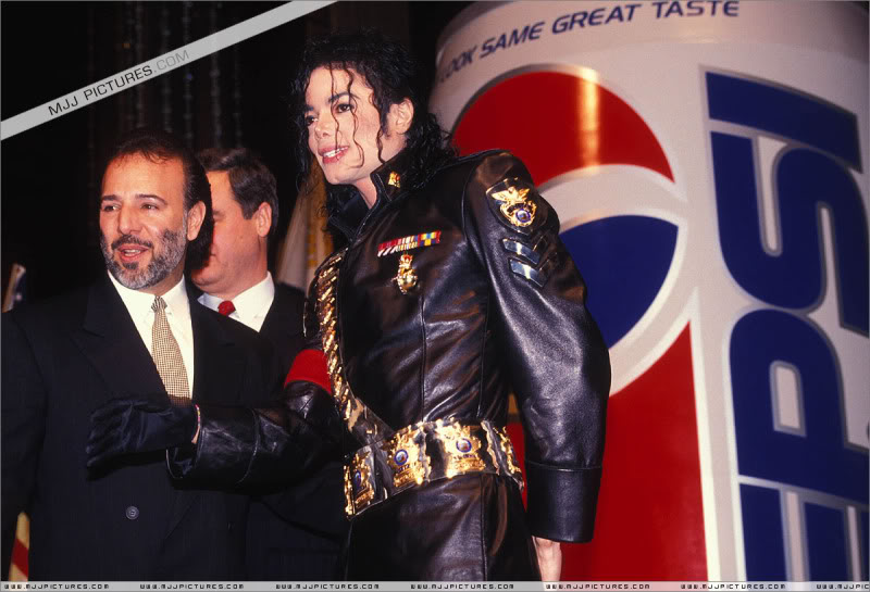 1992- Pepsi & Heal The World Foundation Press Conference 097-2-1