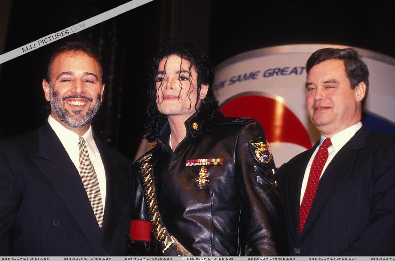 1992- Pepsi & Heal The World Foundation Press Conference 099-2-1