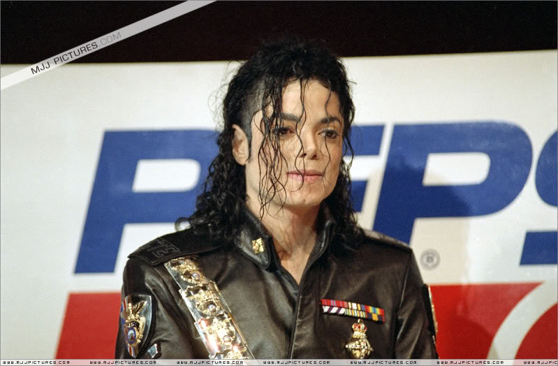 1992- Pepsi & Heal The World Foundation Press Conference 103-2-1