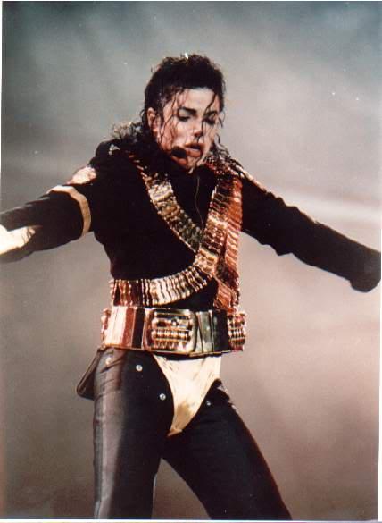 Dangerous World Tour Onstage- Jam 105-1