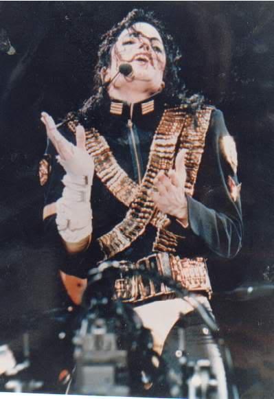 Dangerous World Tour Onstage- Jam 108-1