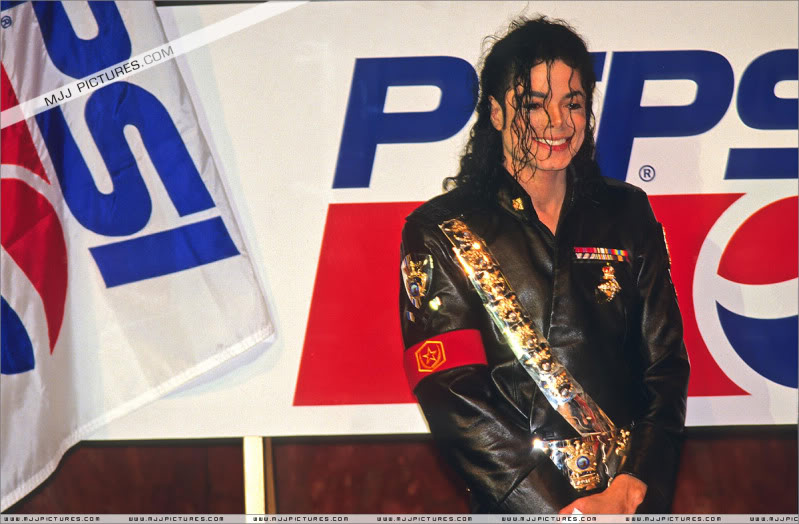 1992- Pepsi & Heal The World Foundation Press Conference 108-2-1