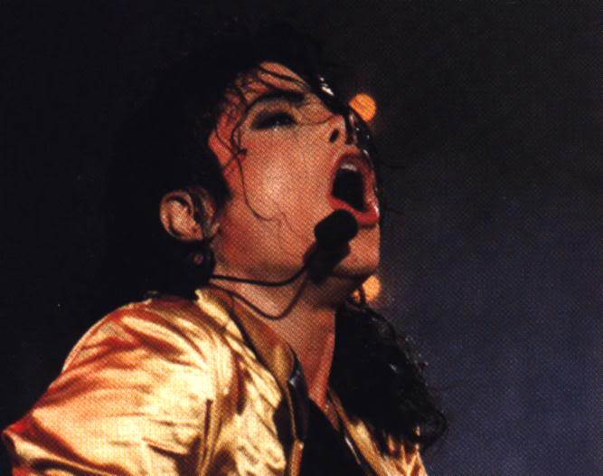 Dangerous World Tour Onstage- Wanna Be Startin' Somethin' - Human Nature 128-2