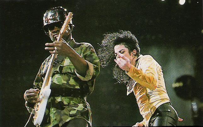 Dangerous World Tour Onstage- Wanna Be Startin' Somethin' - Human Nature 158