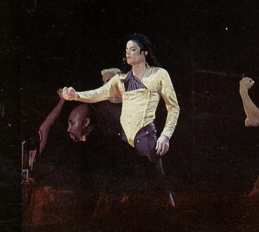 Dangerous World Tour Onstage- Wanna Be Startin' Somethin' - Human Nature 162