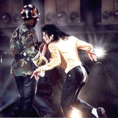 Dangerous World Tour Onstage- Wanna Be Startin' Somethin' - Human Nature 168