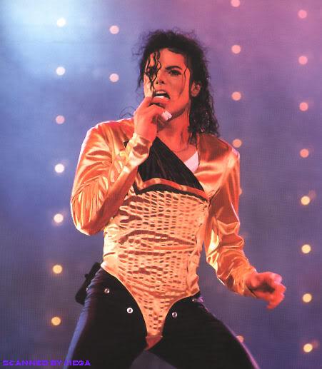 Dangerous World Tour Onstage- Wanna Be Startin' Somethin' - Human Nature 169