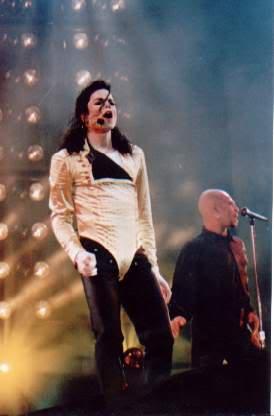 Dangerous World Tour Onstage- Wanna Be Startin' Somethin' - Human Nature 174
