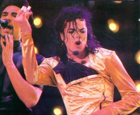 Dangerous World Tour Onstage- Wanna Be Startin' Somethin' - Human Nature 184