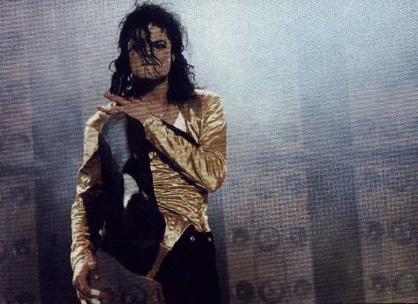 Dangerous World Tour Onstage- Wanna Be Startin' Somethin' - Human Nature 197