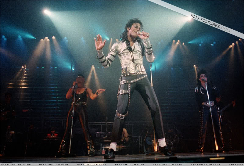 Bad World Tour Onstage- Various 001-2