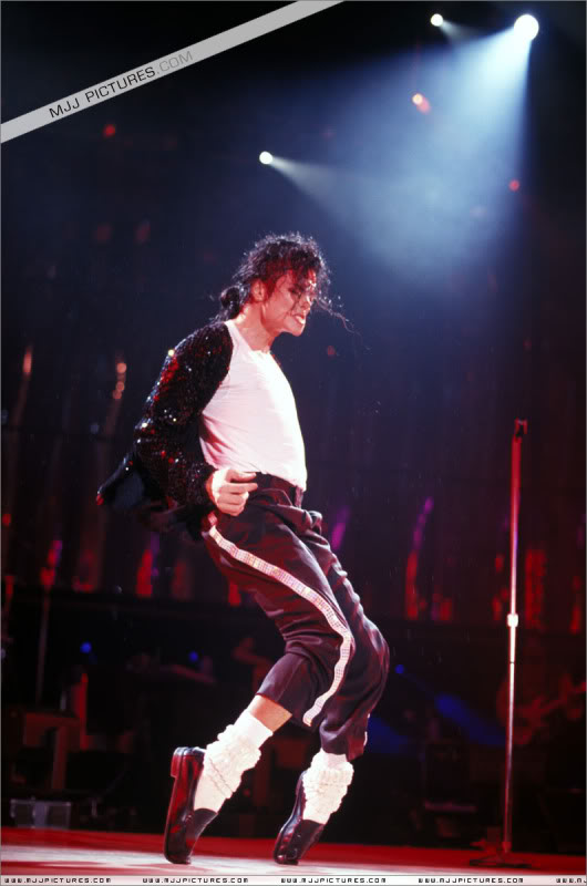 Dangerous World Tour Onstage- Billie Jean 001-49