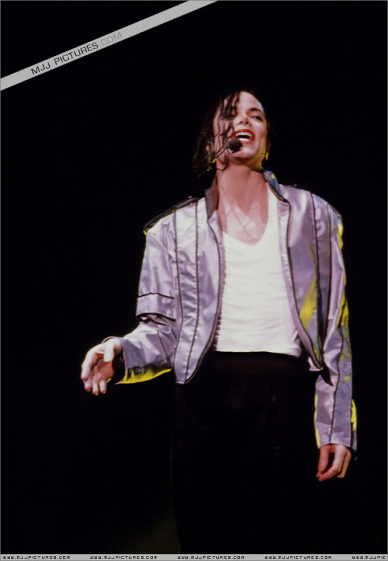 Dangerous World Tour Onstage- Heal The World 002-51
