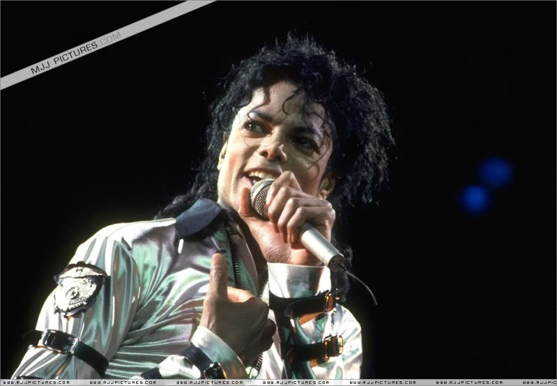 Bad World Tour Onstage- Various 003-2