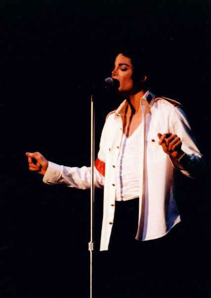 Dangerous World Tour Onstage- Man In The Mirror 004-2-1