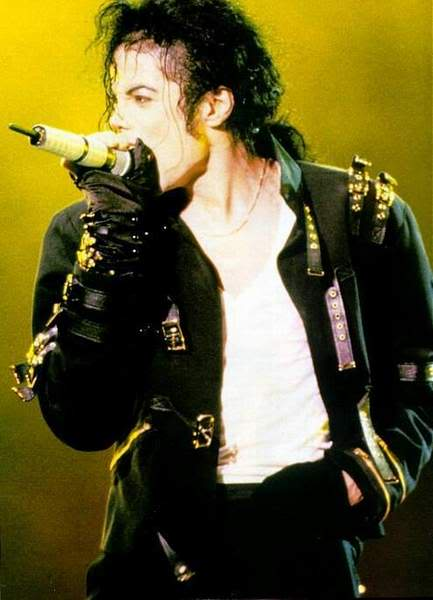 Dangerous World Tour Onstage- Bad 004-45
