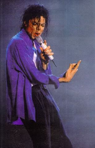 Dangerous World Tour Onstage- The Way You Make Me Feel 004-5-1