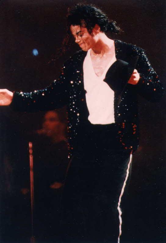 Dangerous World Tour Onstage- Billie Jean 005-45