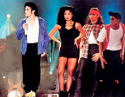 Dangerous World Tour Onstage- The Way You Make Me Feel 005-5-1
