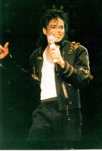Dangerous World Tour Onstage- Bad 006-39