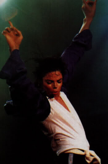 Dangerous World Tour Onstage- The Way You Make Me Feel 006-5-1