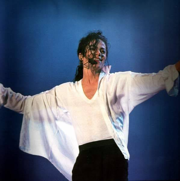 Dangerous World Tour Onstage- Will You Be There 006-7-1