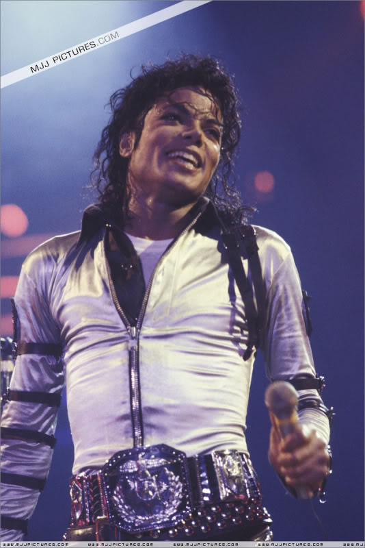 Bad World Tour Onstage- Various 007-2