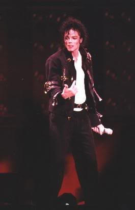 Dangerous World Tour Onstage- Bad 007-39