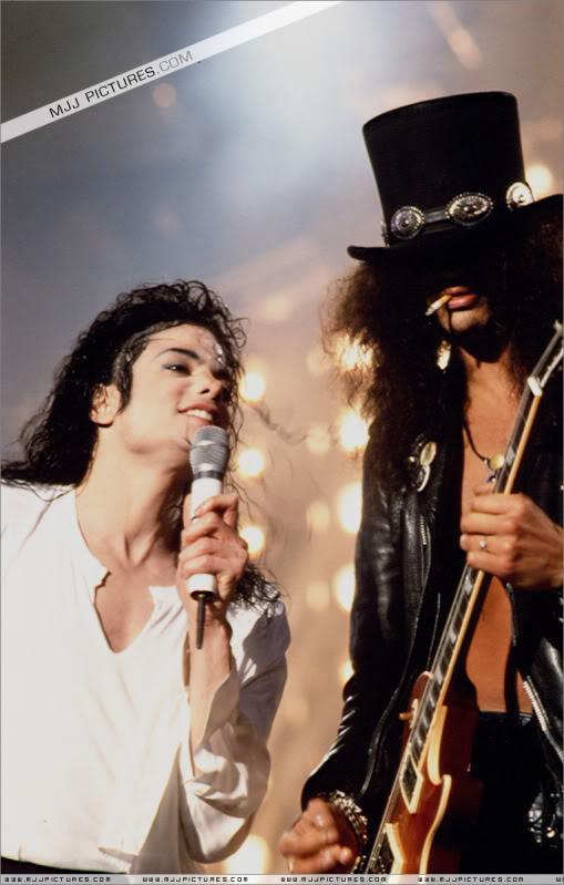 Dangerous World Tour Onstage- Black Or White 007-42