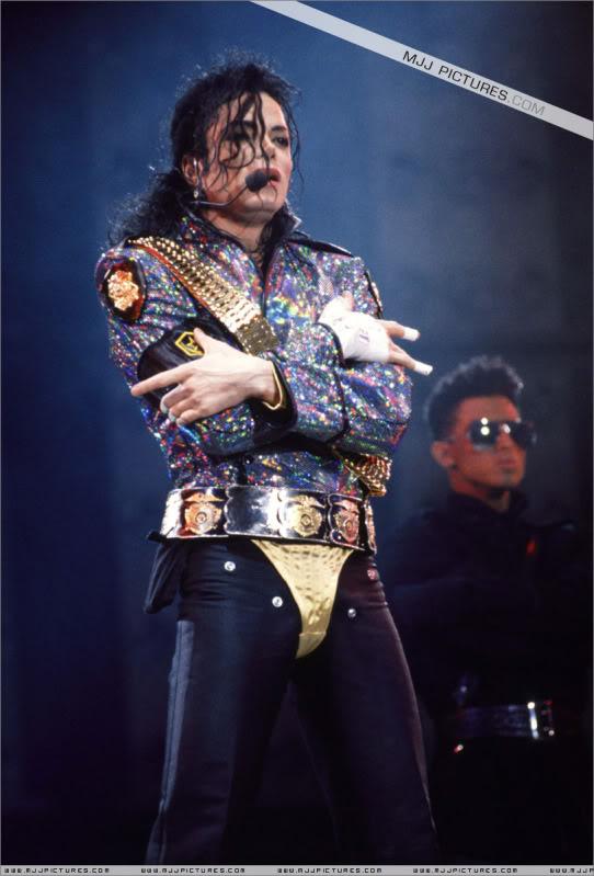 Dangerous World Tour Onstage- Jam 008-16
