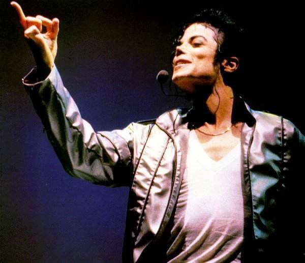Dangerous World Tour Onstage- Heal The World 008-42