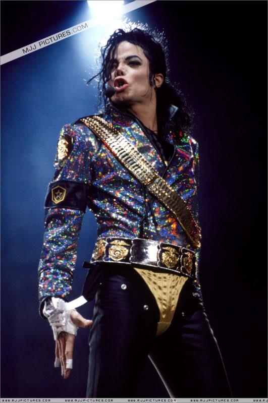 Dangerous World Tour Onstage- Jam 009-16