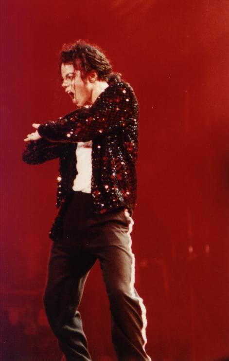 Dangerous World Tour Onstage- Billie Jean 009-39