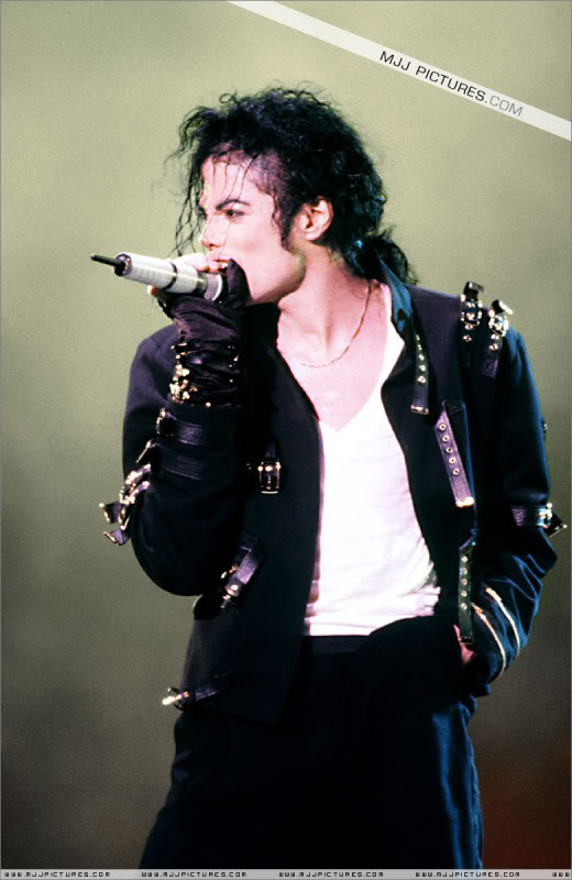 Dangerous World Tour Onstage- Latest Additions 0095