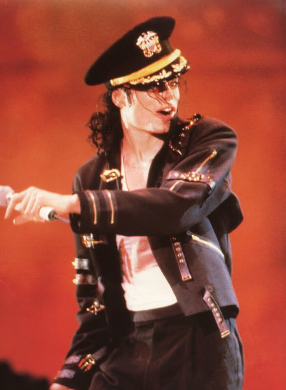 Dangerous World Tour Onstage- Latest Additions 01047