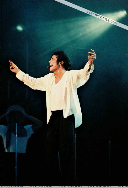 Dangerous World Tour Onstage- Latest Additions 0106
