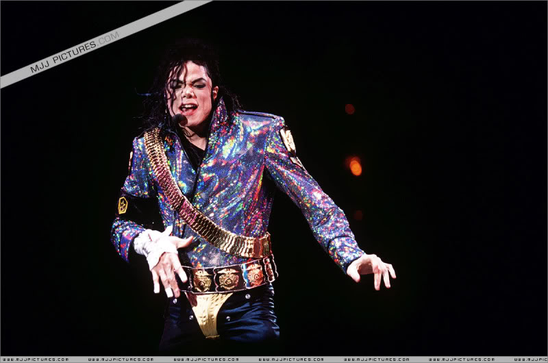 Dangerous World Tour Onstage- Jam 013-14