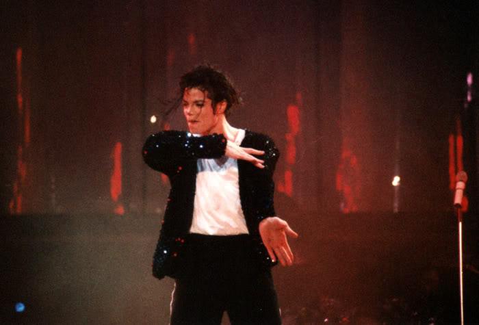 Dangerous World Tour Onstage- Billie Jean 013-34