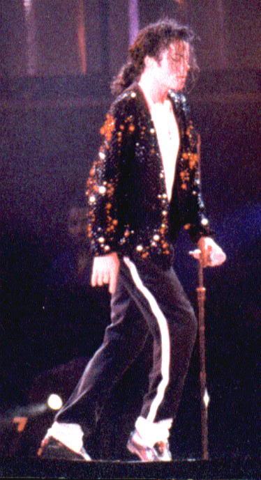 Dangerous World Tour Onstage- Billie Jean 015-33-1