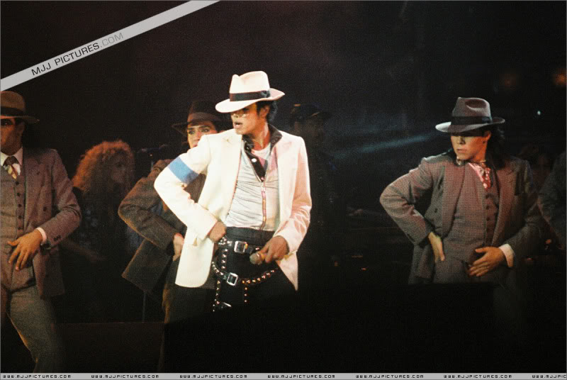 Bad World Tour Onstage- Various 0152